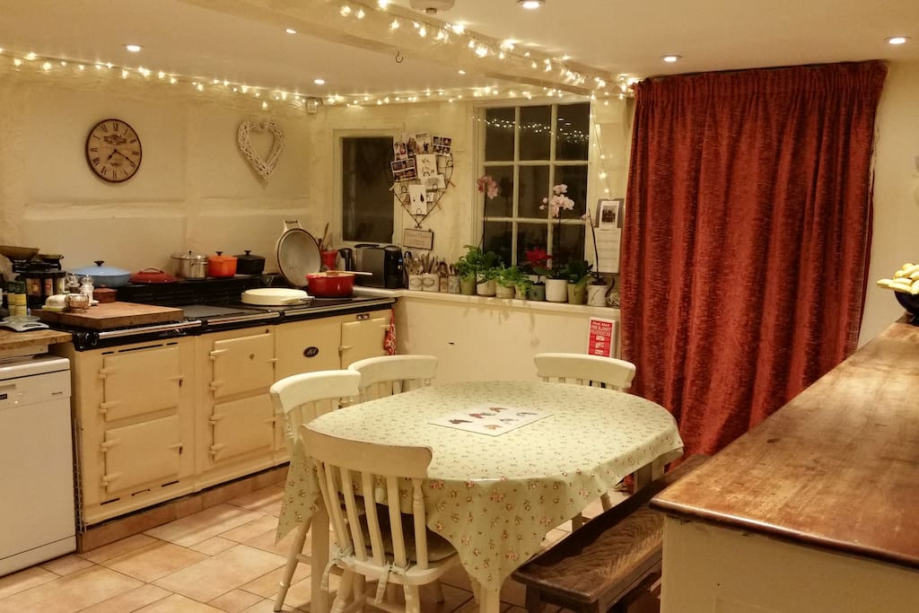 Lovely welcoming kitchen