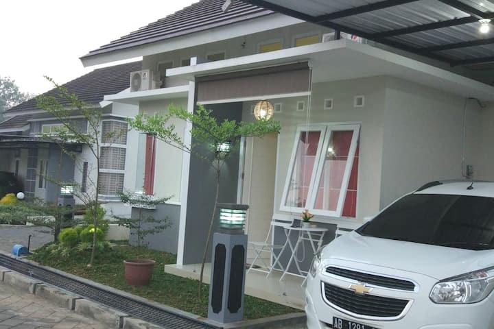RumahAsti 2  Perumahan Grand Bukit Sari F24 GKidul