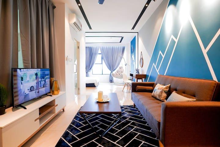 Pinstay Biru 001@ ITCC Manhattan Suites