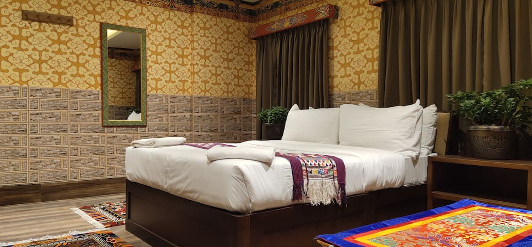 White Dragon Hotel