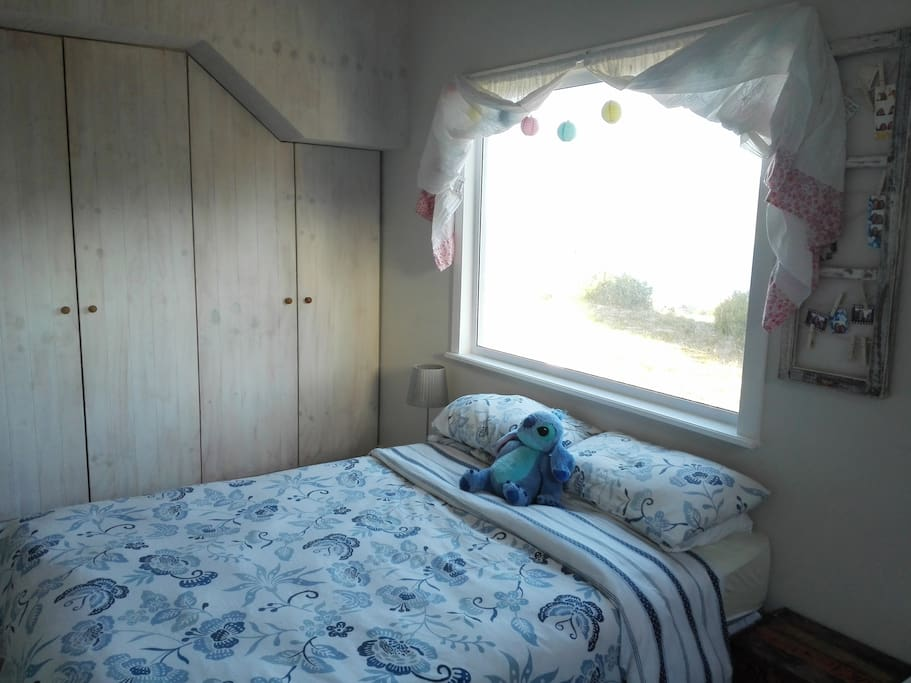 Second Bedroom with sea view.
