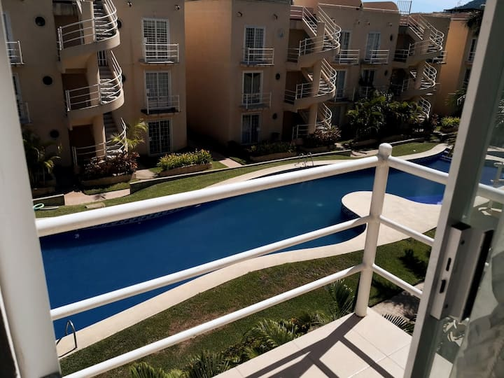 Apartment in Acapulco with pool and jacuzzi