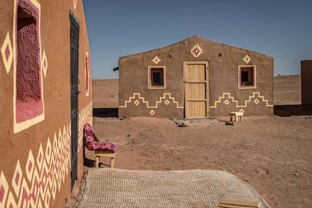 Hut Amazigh at Desert Camp Chraika & Sahara trips