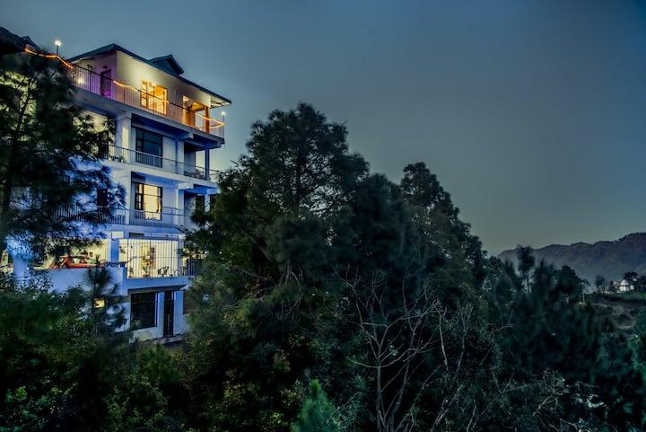 Terrace Retreat|4 Rooms Balconies terrace &Bonfire