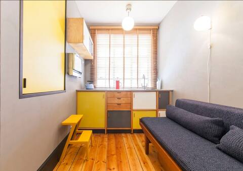 Modernist Micro Studio, 2 mins walk to Zone 1 Tube