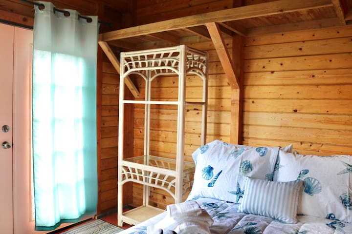 Wild Orchid Cabin