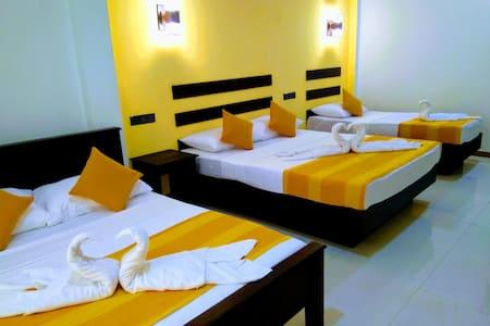 Amron resort sigiriya