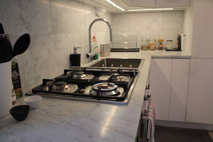 Lägenhet mellan Hornsbergs strand och Fridhemsplan - Stoccolma - Appartamento
