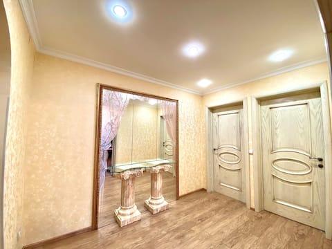 A room in a Big Flat in Ramenki