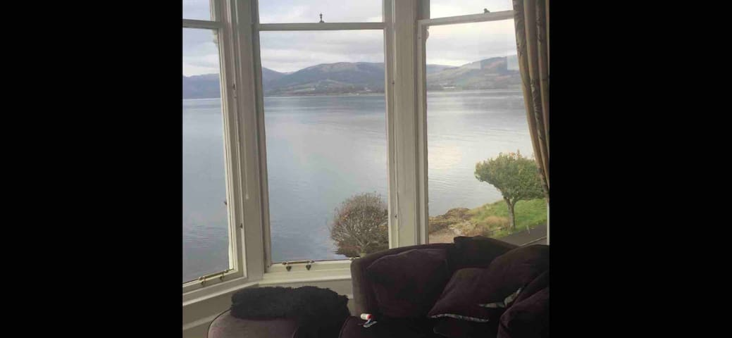 Amazing Views over the water in 4 bed flat