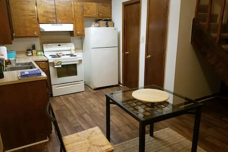 Room in a 2 bed Appartment - North Charleston - Apartment