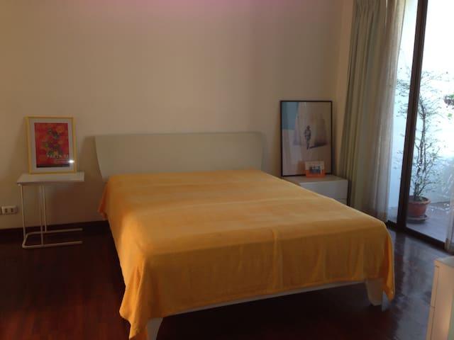 Chambre privée de 23m2 - Bangkok - House