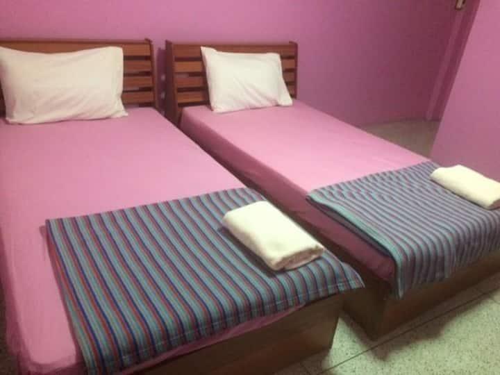 โรงแรมพีเค รีสอร์ท ปราจีนบุรี 037-452453