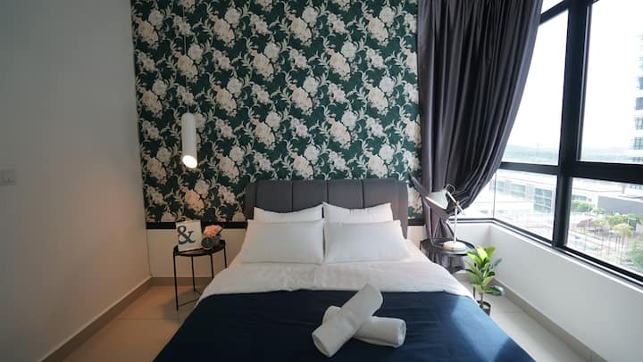 IOI Resort City Putrajaya 4Pax 2R2B IconStay
