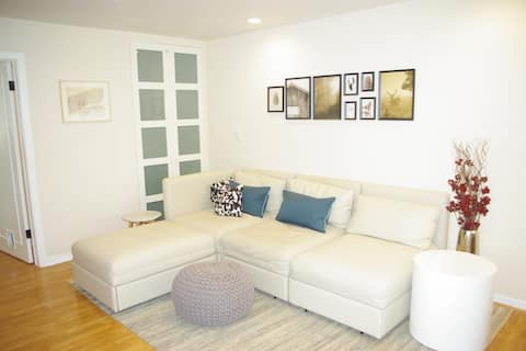 Lovely Apartment at The Shoppes of Avondale