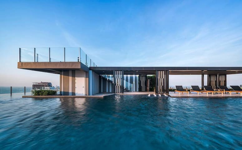 the base cando . one bedroom  rooftop pool flat