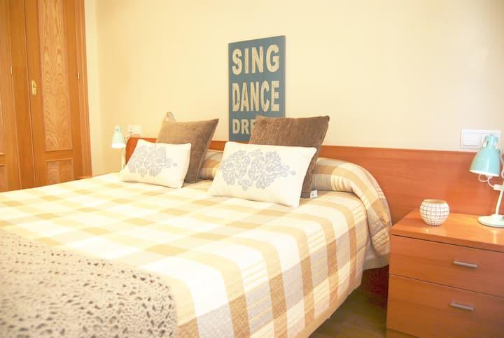 Spacious 1 Bedroom + 1 Bath Apartment