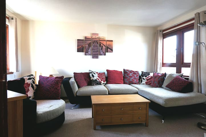 2 bed Flat in small Scottish town - Invergordon - Appartement
