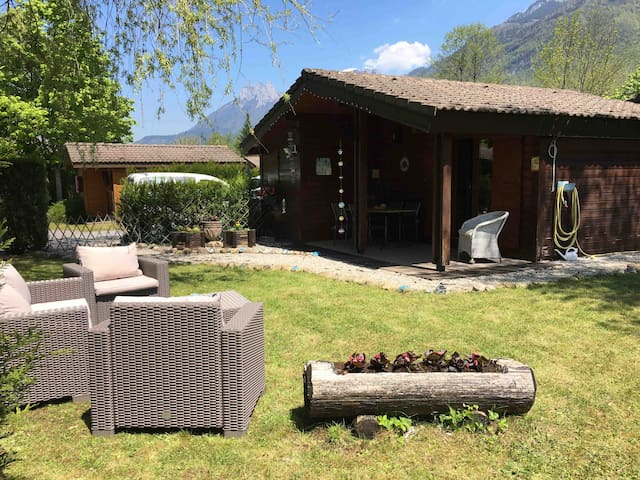 Annecy Lakeside Cabin with Large Garden sleeps 4/5