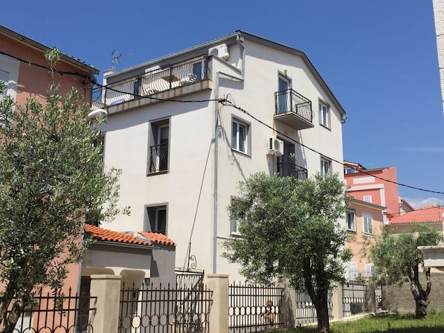Apartment Ventus in city center, A2 - Novaglia - Appartamento