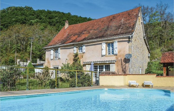 Holiday cottage with 4 bedrooms on 205m² in Catus