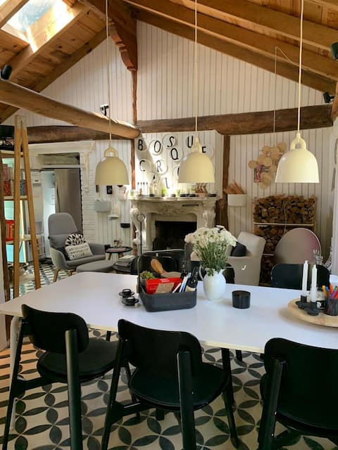 BosqueCarlotta  Nordic fairytale Cottage / Cabaña