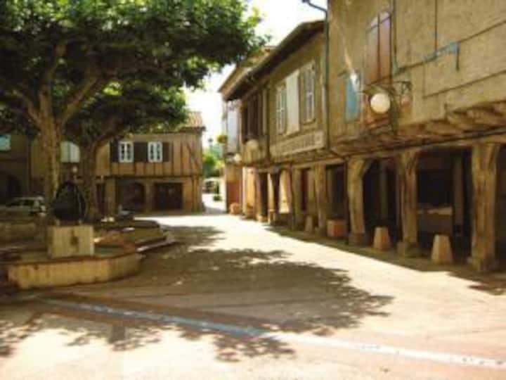 maison indépendante au coeur du village