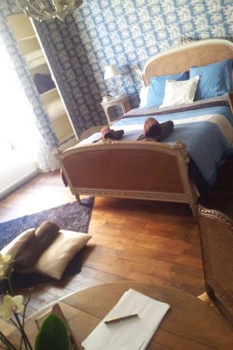 Chambre n°2 : sur la route de la soie