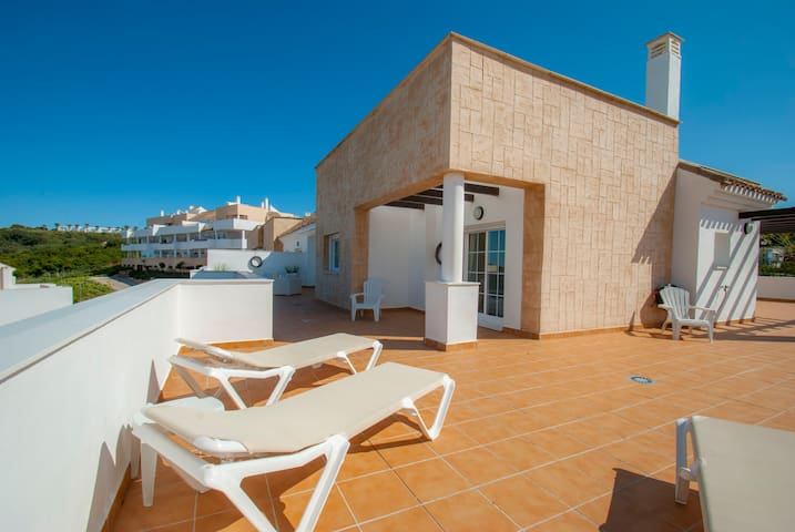 Penthouse in Alcaidesa Links Golf & Beach Resort