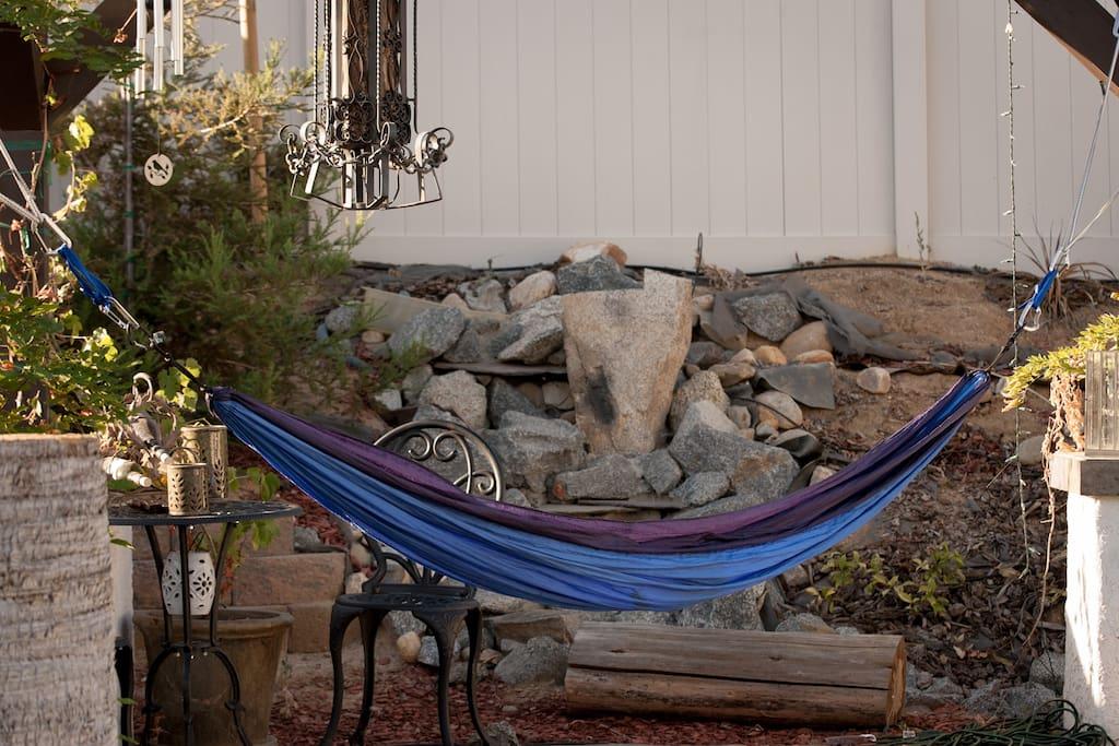 Sleep tight in the ENO Hammock! à Bakersfield, Californie ...