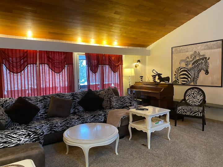 Charming and quiet rental for family or friends