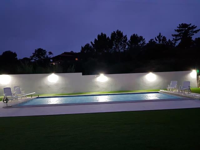 Logement avec piscine à Foz do Arelho