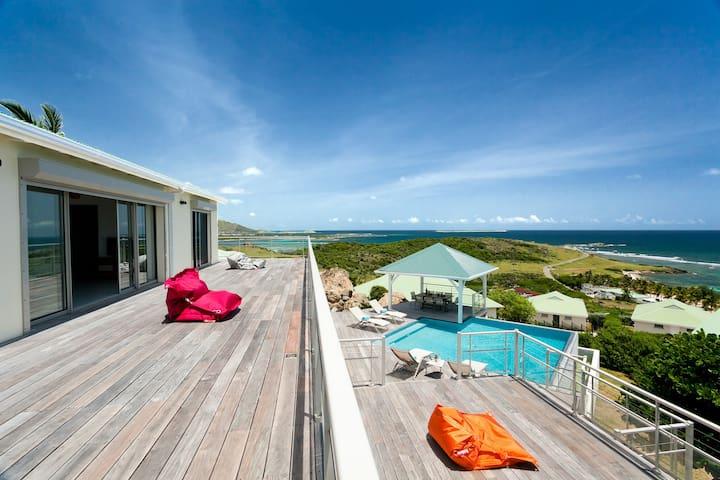 EDEN ROCK, magnifique villa avec vue imprenable