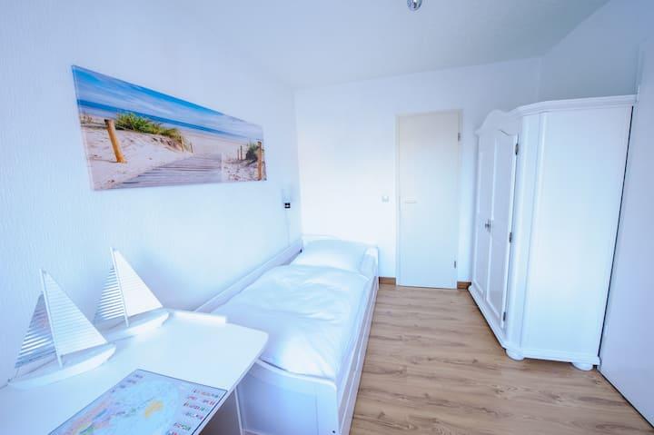 Schönes Einzelzimmer im Forsthaus Sellin auf Rügen