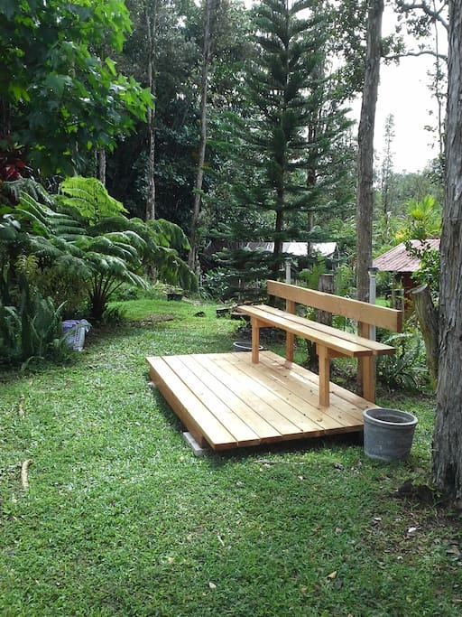 Private sitting deck for the 'Jungalo'