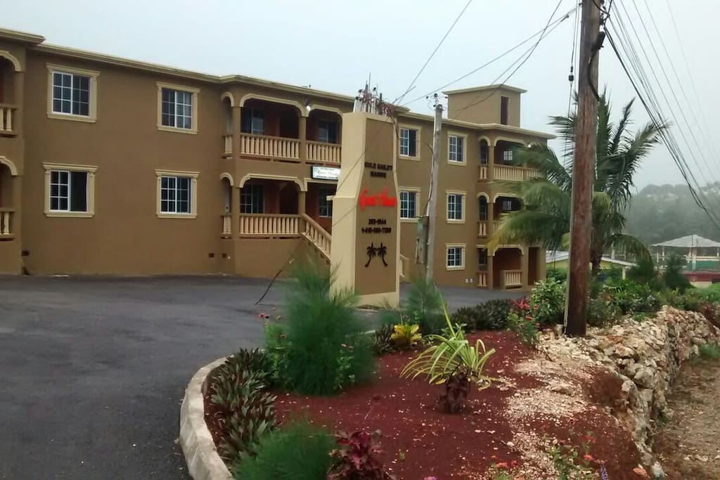 9 Luxurious Apartments Kitchen Living Dining Apartments For Rent In Mandeville