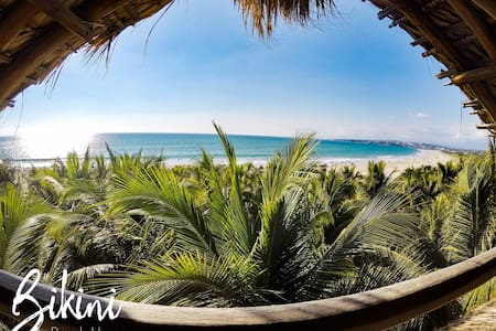 Bikini Beach HouseTropical Penthouse