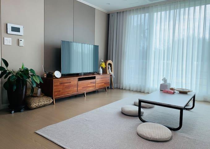 غرفة المعيشة 1