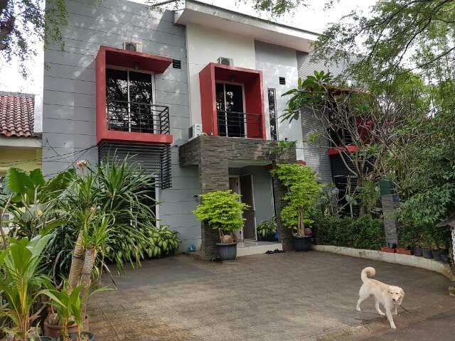 Gallary Guest House Meadow Green Lippo Cikarang - South Cikarang - Casa de hóspedes