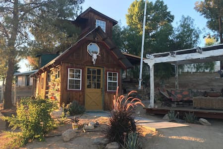 ~Coyote Ridge Tiny House~ - Cabaña