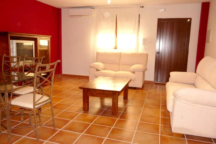 House with 6 bedrooms in Villamiel, with wonderful mountain view and enclosed garden