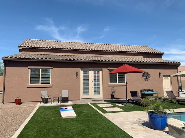 BRAND NEW CASITA-Spring Training/Cardinal Football