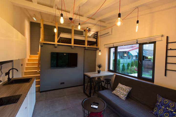 Hip Tinyhouse w 2 bedrooms – Terrace and BBQ