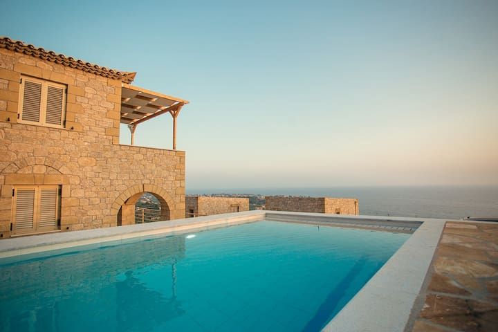 Tseralia Houses 2- private pool - Stoupa - Villa