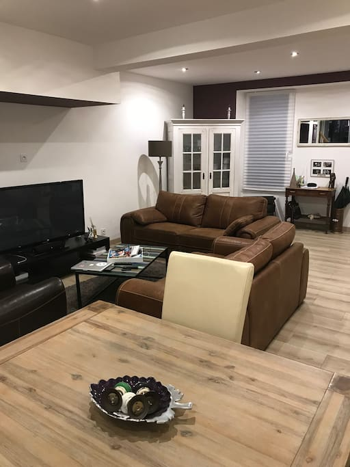 chambre cosy dans maison de caract re maisons louer cholet pays de la loire france. Black Bedroom Furniture Sets. Home Design Ideas
