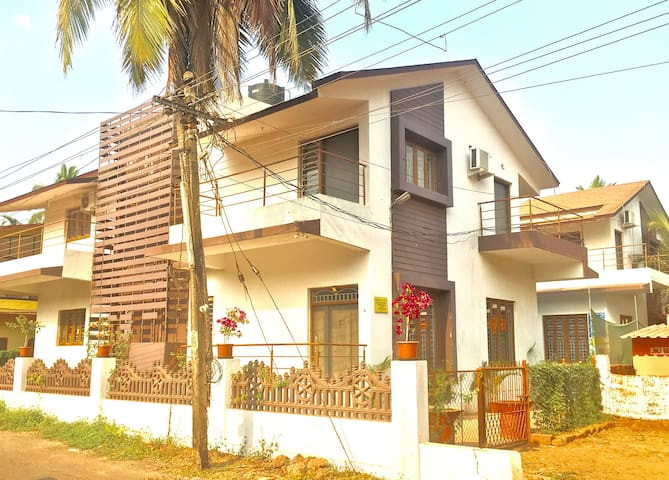 Villa-Home Like Stay for Bigger Groups & Family. - Saligao