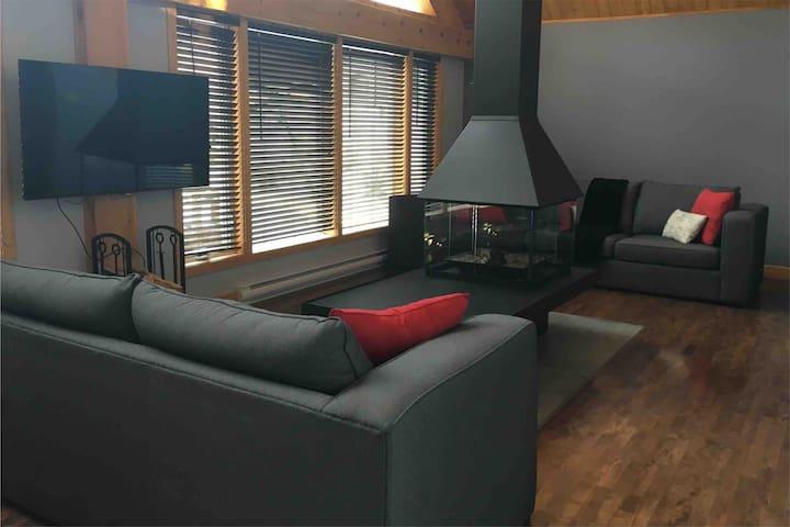 Chambre calme et paisible dans maison type chalet