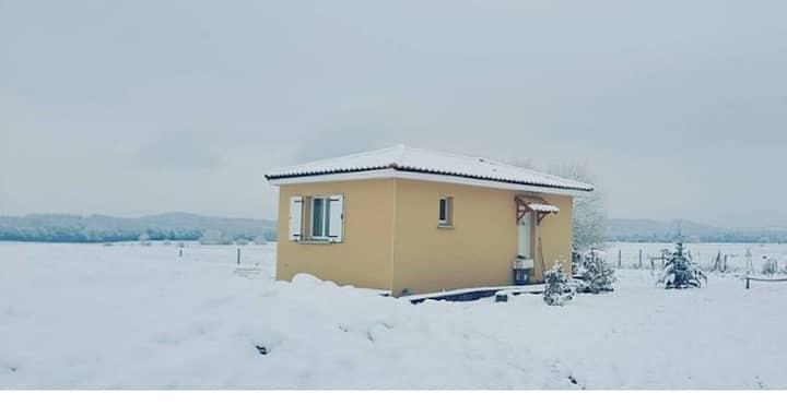 Petite maison neuve au pied des Pyrénées