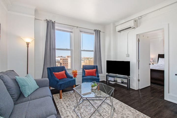 Beautiful 1 Bd/Heart of Downtown/FlexLeases