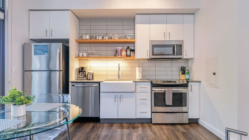 Create a unique experience in this lux studio in Pearl District